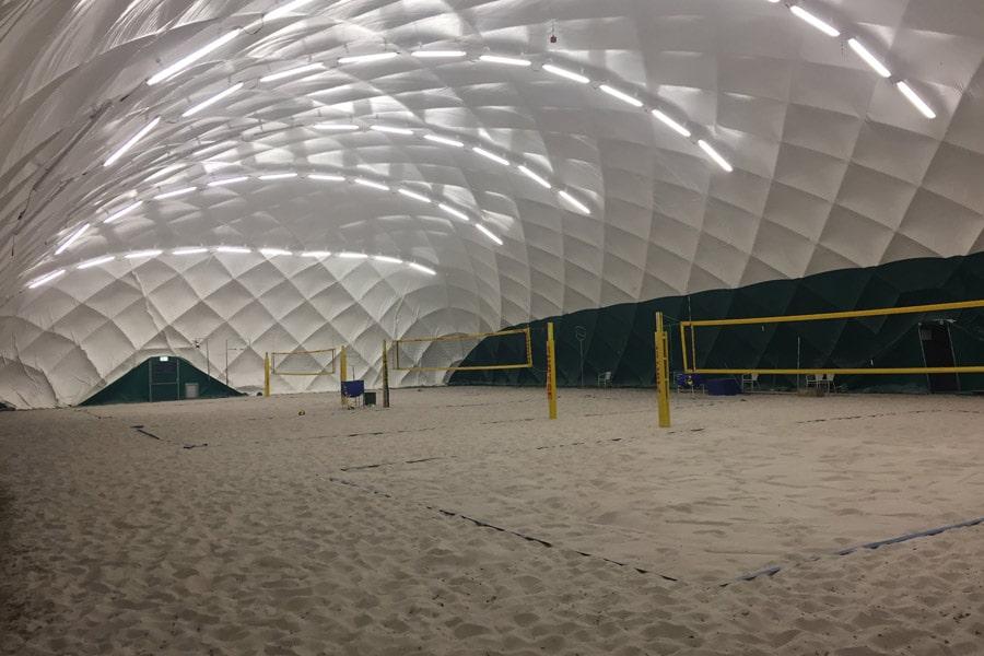 paranet-traglufthallen-sportstaetten-beachvolleyball